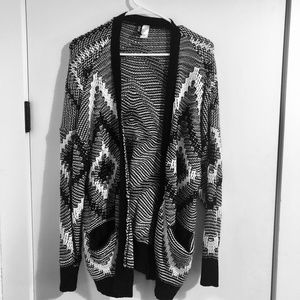 H&M DIVIDED Cardigan Sweater